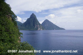Pitons Mountains [--]